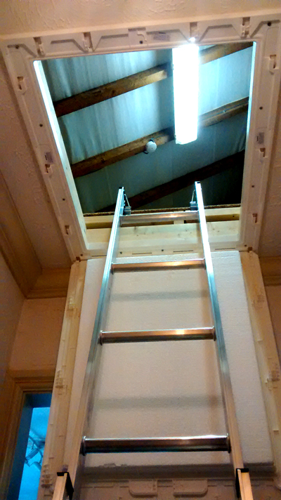 Aluminium loft ladders